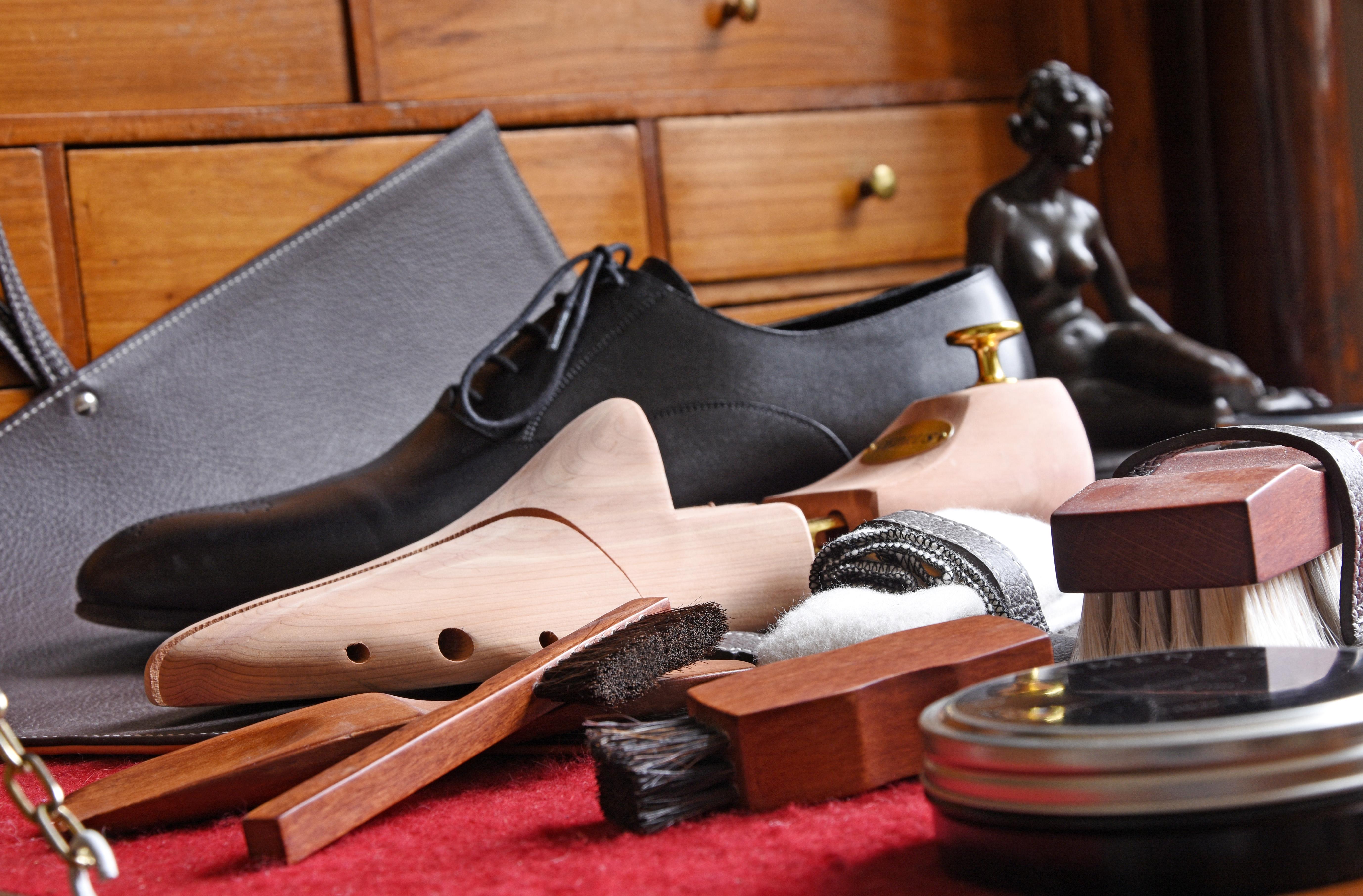 LUXIN – Cirages et souliers